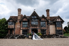 Dorney+Court+Wedding+Photos+Buckinghamshire+014-min